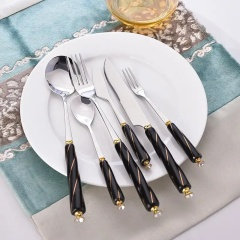 西餐刀叉勺不锈钢钛金餐具陶瓷柄牛排刀汤勺叉子餐具
