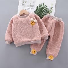 儿童长袖圆领可爱娃娃脸上衣长裤套装 冬季新款加绒保暖童装卫衣