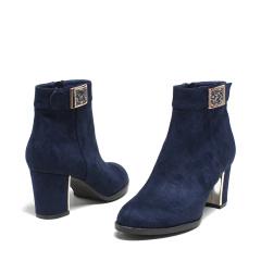 达芙妮(DAPHNE)粗跟磨砂布金属水钻女靴1015605085